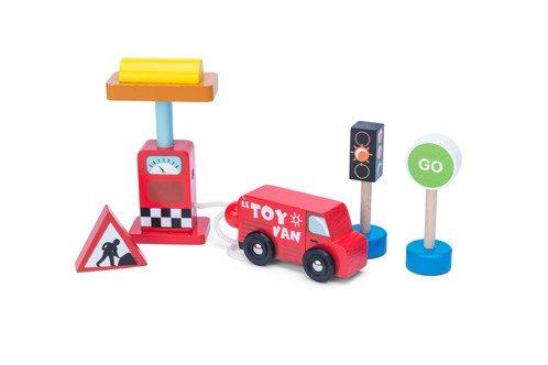 Car and Petrol Pump Set